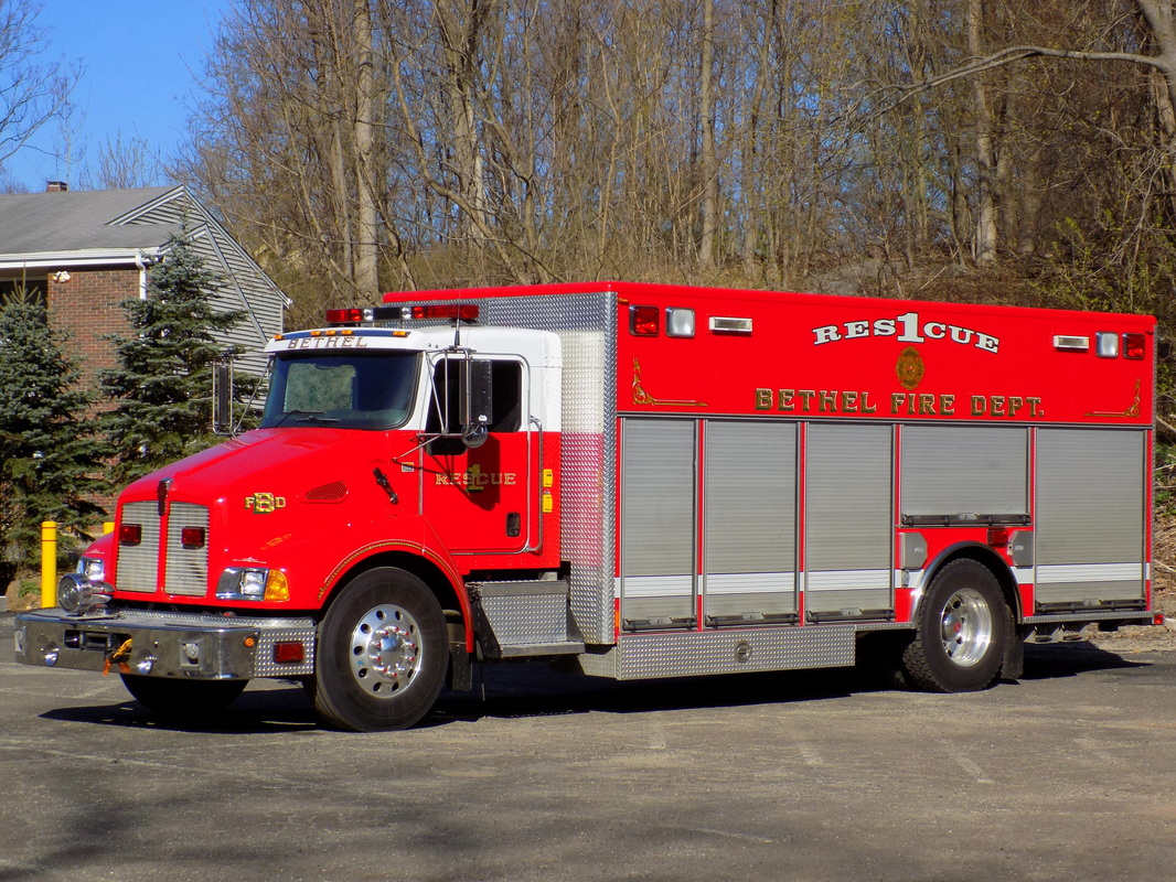 Bethel's Rescue 1, a 2003 Kenworth/Rescue 1.
